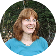 Bäume und Wildkräuter erleben, das Natur PLUS-Team um Anika Pfefferle stellt sich vor: Conni Eder, Systemische Therapeutin, HP für Psychotherapie